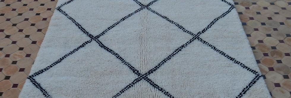 Handmade Large Diamonds Beni Ouarain Rug