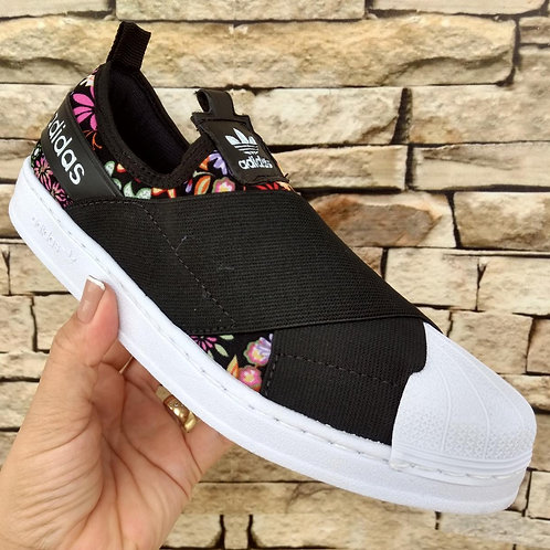 Modelo Adidas Slip 1 Feminino