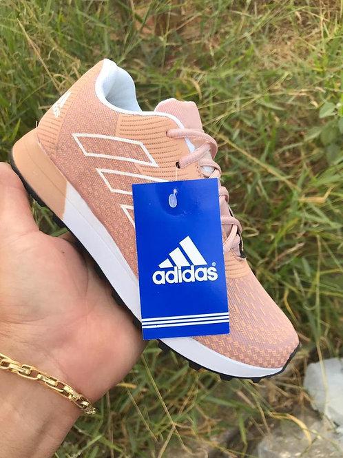 Modelo Adidas Feminino