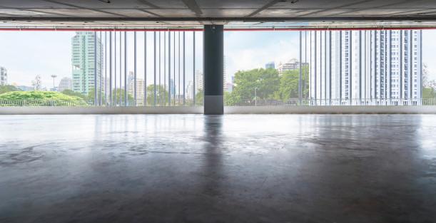 empty-floors-exhibition-hall-office_5119