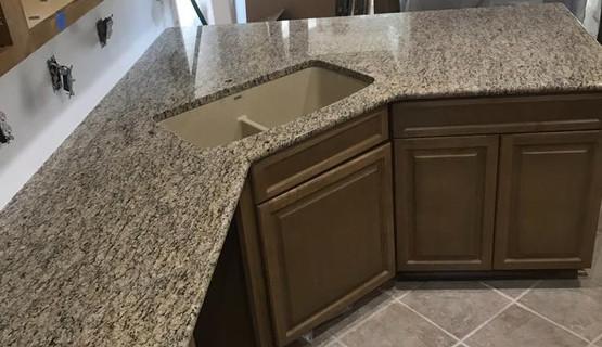 Santa Cecilia Granite - Best Designer Countertop of Savannah