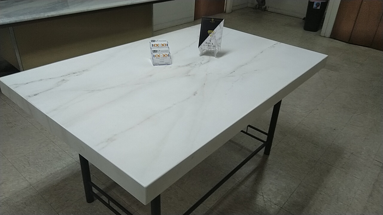 Dekton Table
