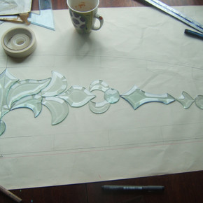 bevelled fanlight being made