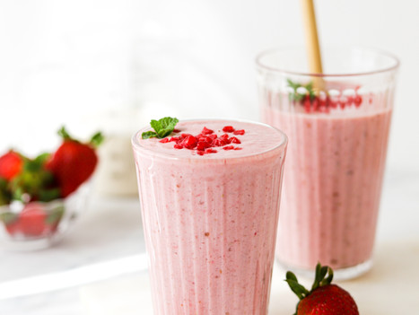 Smoothie Berry Pink com Morangos e Framboesas