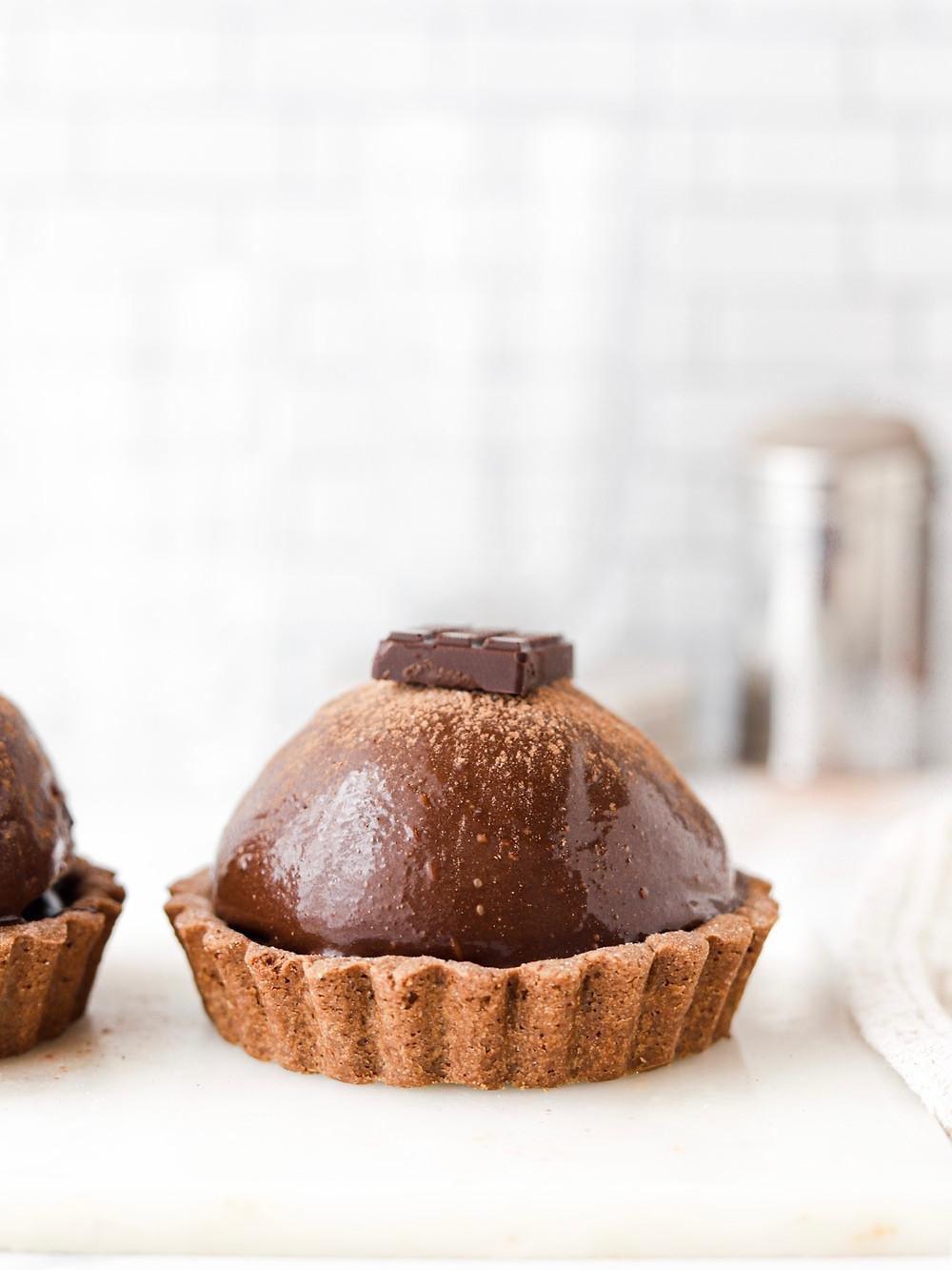 Tarte de Chocolate Vegan com Mousse de Baileys