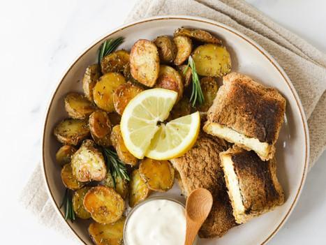 Tofu Panado no Forno com Batatas Assadas - Fish and Chips Vegan