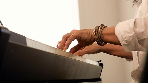 piano-avec-mains