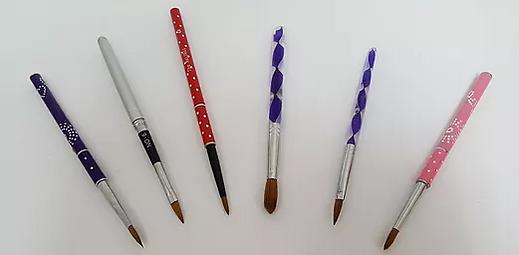 Acrylic Brushes Main.png