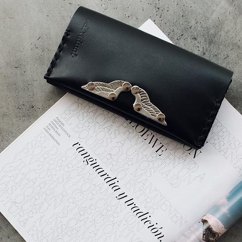 """Wings"" wallet"