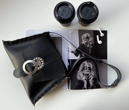 """""""Modern love"""" black shoulder bag"""