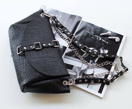 """The time is now"" shoulder bag in black"