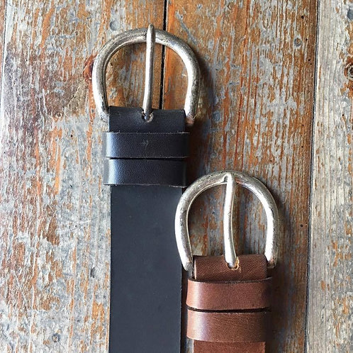 Leather belt with metal nickel buckle