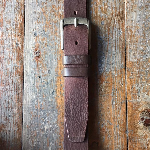 Vachetta leather belt with metal buckle