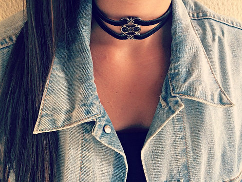 Leather double choker with metal details