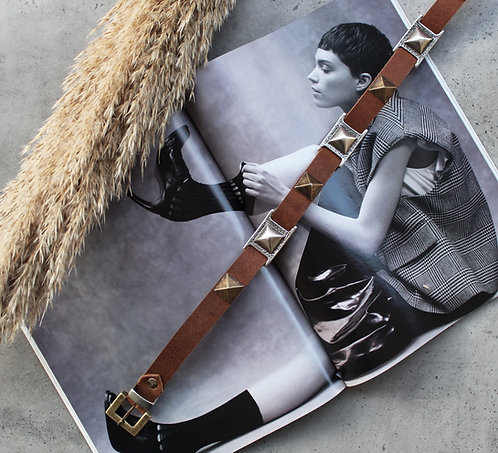 """""""Staying power"""" leather belt"""