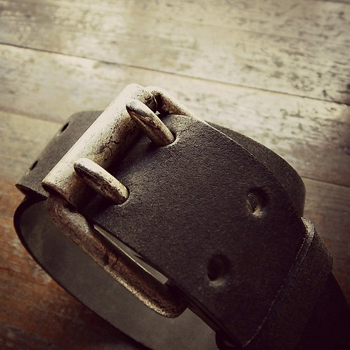 Antiqued leather belt with double roller buckle