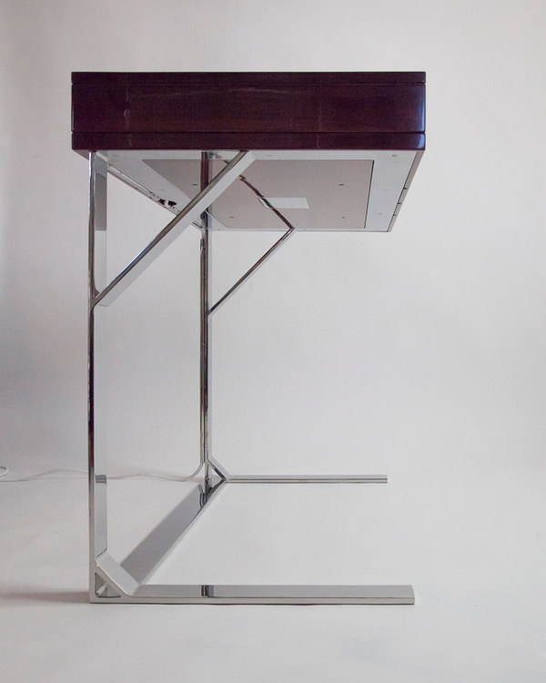Extending Desk della-Porta design