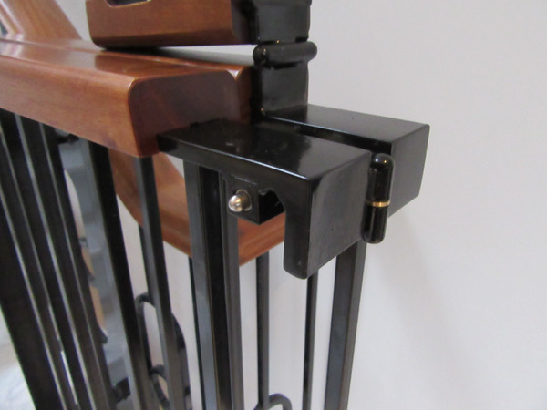 Bespoke Stair Gates della-Porta design