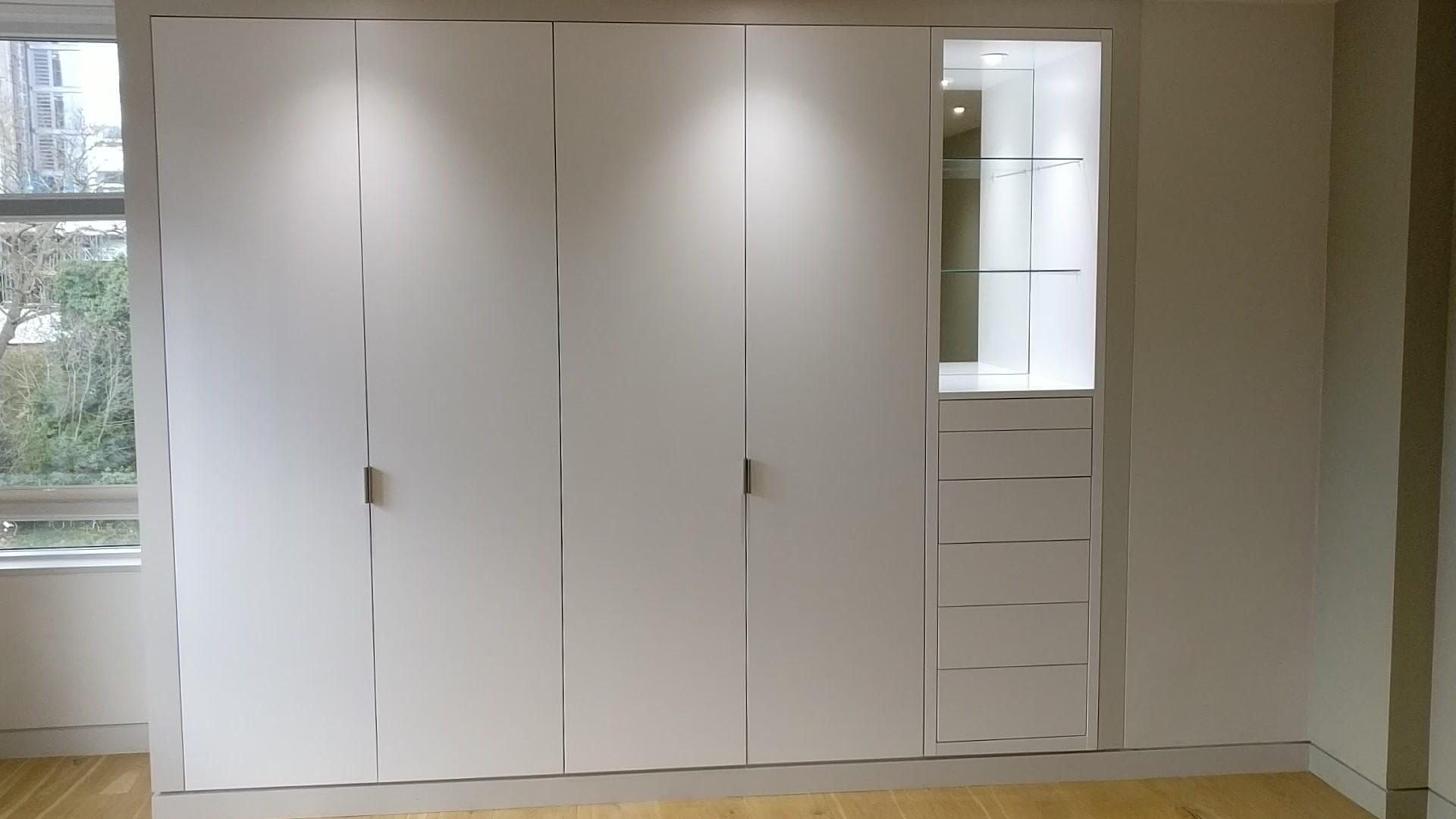 Satin White Wardrobe della-Porta design