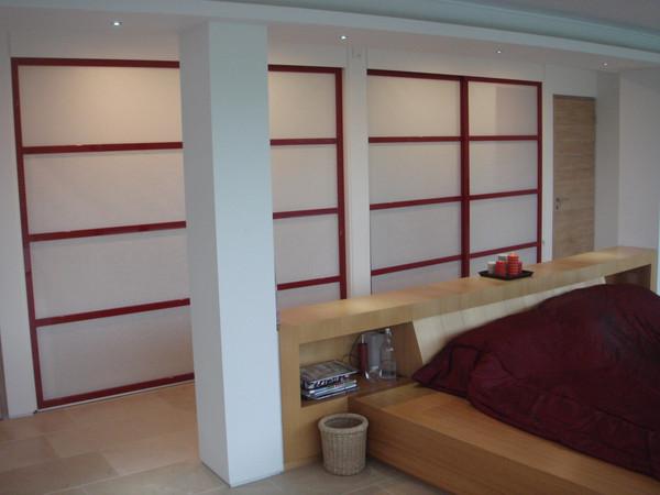 Red Lacquered Screens della-Porta design