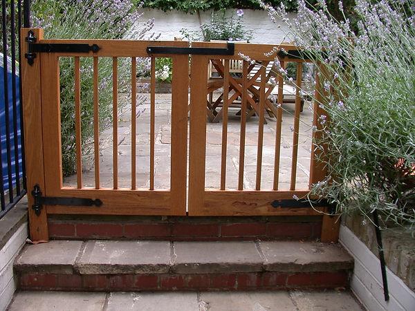 Iroko Garden Gates Bedroom Suite della-Porta design
