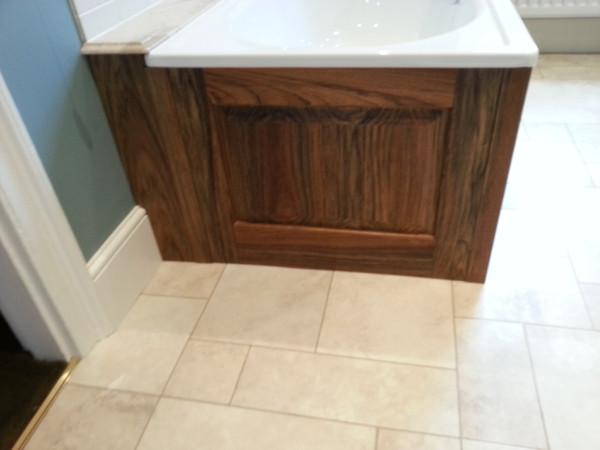 Ovankol Bath Panel della-Porta design