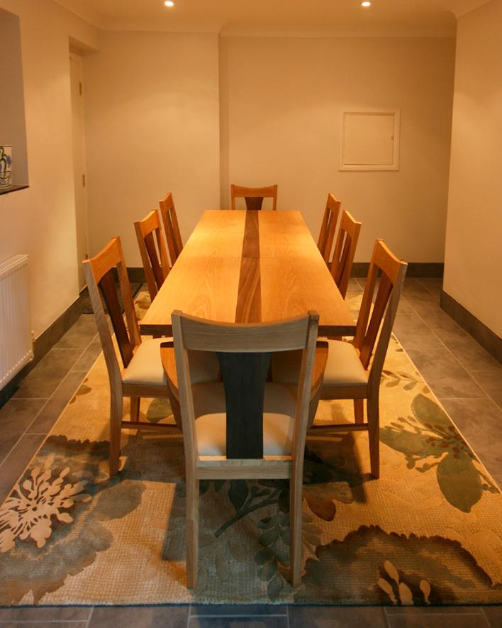 Extending Dining Table della-Porta design