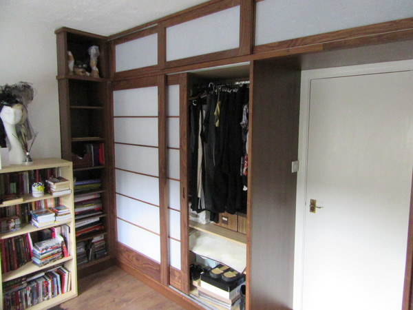 Walnut Shoji Wardrobe della-Porta design