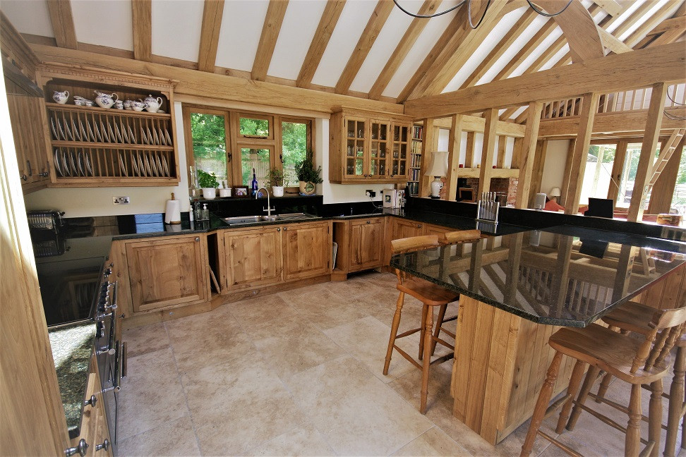 English Oak Kitchen della-Porta design