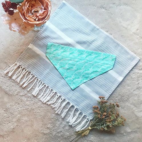 Teal Leaf // Over the Collar Bandana