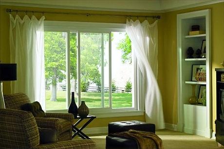 Simonton_Prism-Platinum-Slider_Living-Room-600x400_edited.jpg
