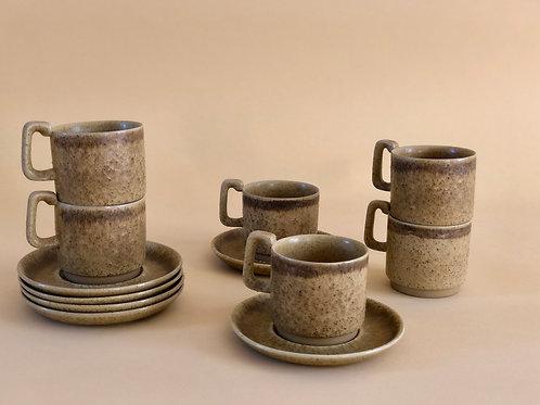 Kaffekoppar i stengods
