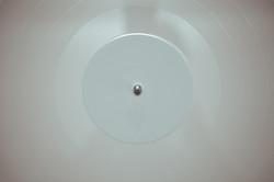 vintage-music-white-sound