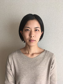 moemi-takano-profileのコピー2.jpg