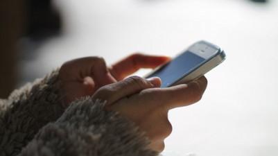 Uso de celular e WhatsApp no ambiente de trabalho pode causar demissão