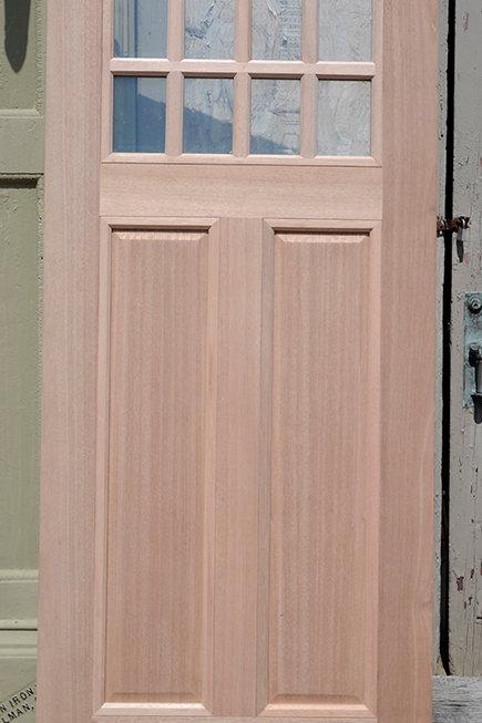 Door 050