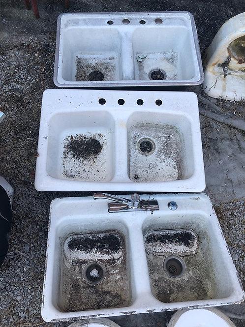 Double Basin Cast Sinks