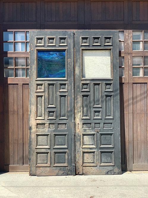 Door 250