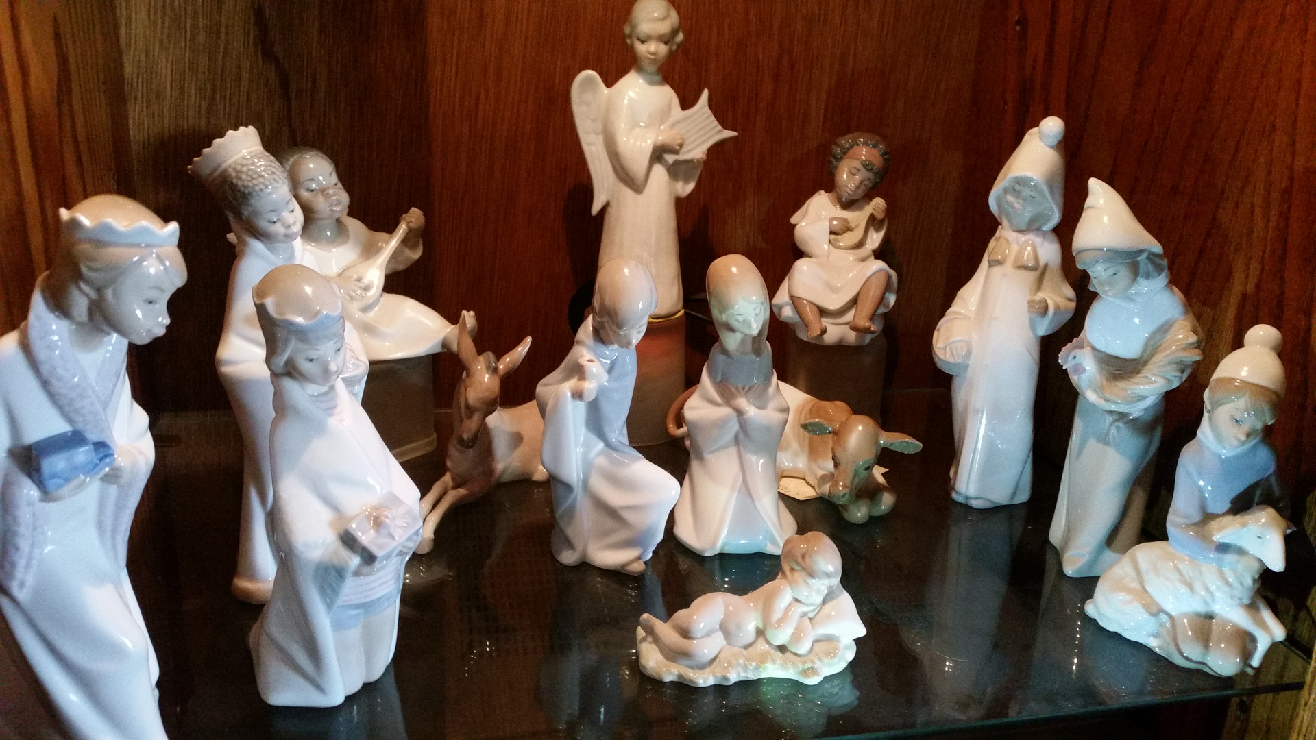 The Higginbothams: Spanish Lladro Childrens Nativity (1984)