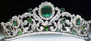 marie-therese-duc-d-angouleme-emerald-and-diamond-tiara-french-crown-jewels-300x136