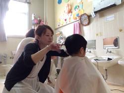 児童養護施設ボランティアカット