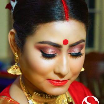 Studio Surmayi Party Makeup