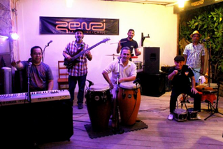 3 Venues where you can dance to Salsa music in Playa del Carmen.