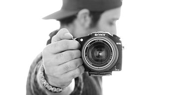 Dan with Rx10ii Black n white.jpg
