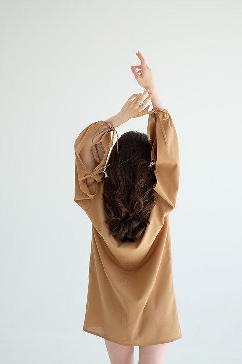 Платье с завязками изо льна
