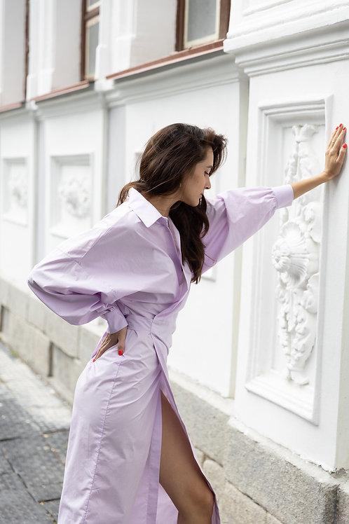 Платье-рубашка на запахе в цвете лаванда
