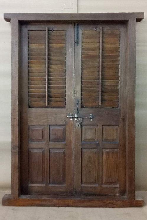 Antique furniture door reclaimed salvaged boutique shopping Kerrville Ingram builders architect architectural designer