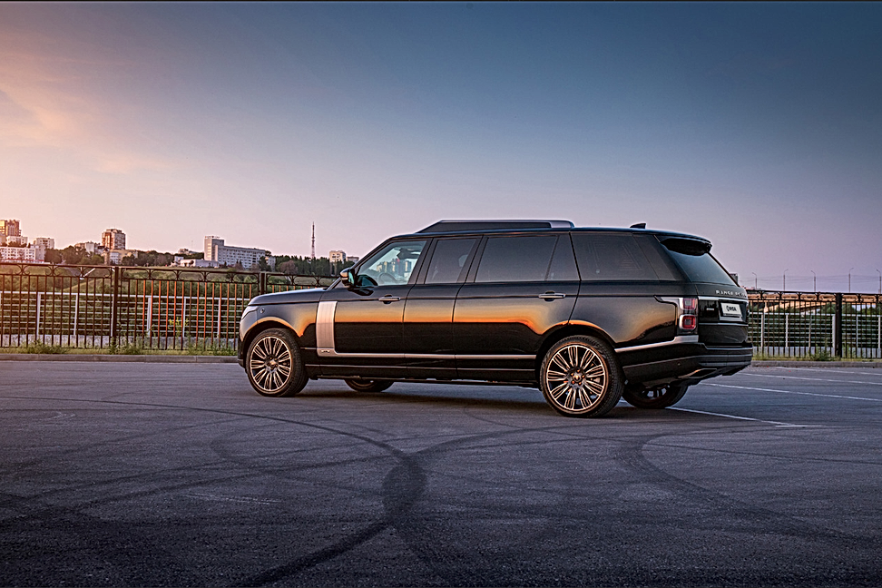 Range Rover Autobiography Stretched +600