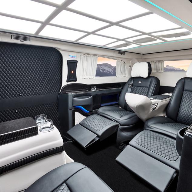 KLASSEN Safety  Sicherheitsfahrzeug mit Schutzklasse VR7  auf Basis MB V-Klasse V 300