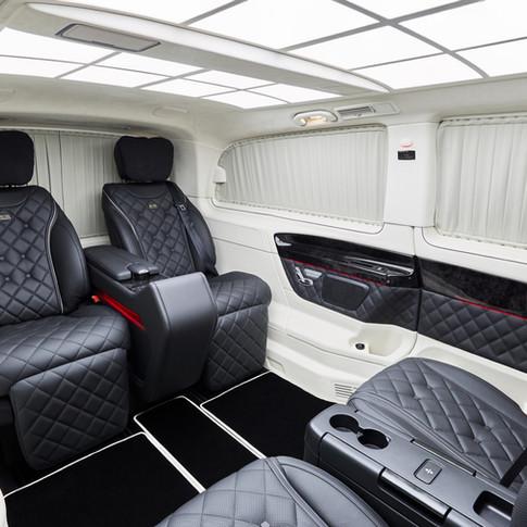 KLASSEN präsentiert V-Klasse mit exklusivem KLASSEN Business Plus Interieur